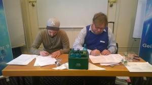 German meeting-Signing